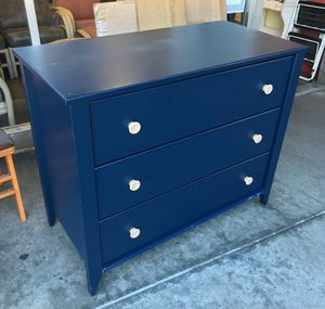 """99165 Navy Blue Contemporary 3-Drawer Dresser 41.5"""" x 20"""" x 34"""" Tall for Sale in Oakland, CA"""