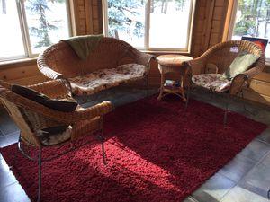 Wicker sunroom 4 piece sitting ensemble for Sale in Leavenworth, WA