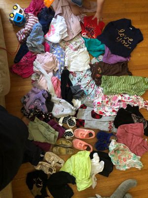 Toddler girl lot size 3t 4t toms, Nike, gap, old navy, cat and jack, hilfiger, jumping beans, boden, Disney, Carter's, tea, h and m for Sale in Long Beach, CA