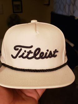 Titleist Youth Golf Hat for Sale in Visalia,  CA