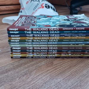 The walking dead comic for Sale in Murrieta, CA