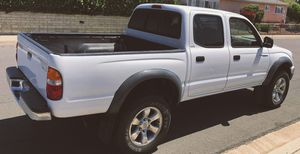 ABSOLUTELY NEW CONDITION TOYOTA TACOMA 2003 for Sale in Las Vegas, NV