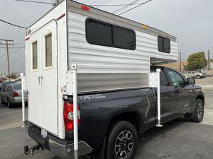 2017 EZ lite truck camper sleeps 3 500lbs trailer for Sale in Garden Grove, CA