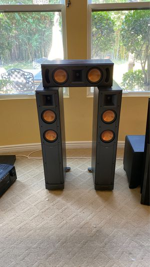 Mint Klipsch home theater system for Sale in San Diego, CA