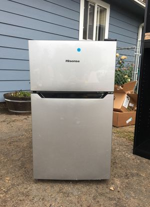 Mini fridge for Sale in Hillsboro, OR