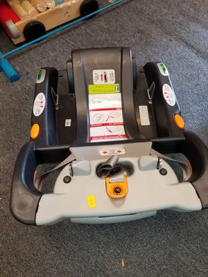 Chicco infant carseat car seat base for Sale in Seattle, WA