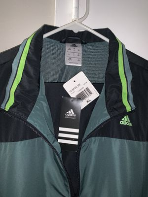 ADIDAS TRACK SUIT XLARGE COLOR GREEN for Sale in Los Alamitos, CA