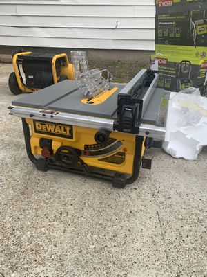 "Dewalt 10"" table saw for Sale in Irving, TX"
