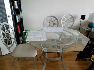 Glass table and 4 chairs for Sale in Chicago, IL