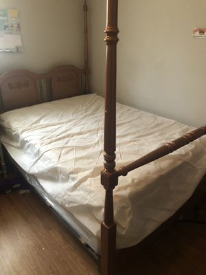 """"""" Free"""" Full Size Mattress and Frame for Sale in Houston, TX"""