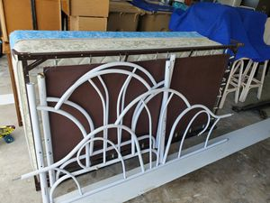 Free day bed for Sale in Kissimmee, FL