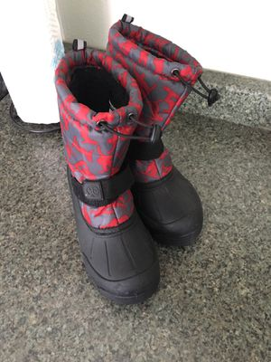 North side snow boots. Size 3 in kids for Sale in Portland, OR
