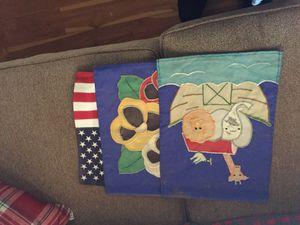 7small seasonal flags for Sale in Loon Lake, WA