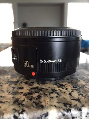 Yongnuo 50mm canon mount lens 1.5 ft for Sale in Las Vegas, NV