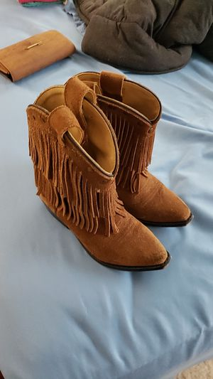 Girls Official Cow Girl Boots Size 12 for Sale in Breinigsville, PA
