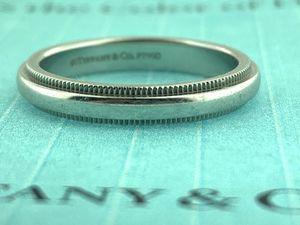 TIFFANY & Co. Classic Milgrain Platinum 950/1000 ~ 3mm Wedding Band Ring for Sale in Miami, FL