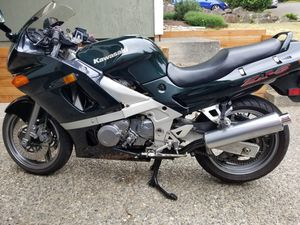 1998 Kawasaki zx6 ninja motorcycle $2,400 for Sale in Bothell, WA