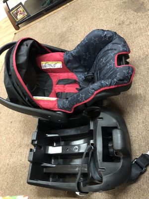 baby car seat for Sale in Tacoma, WA