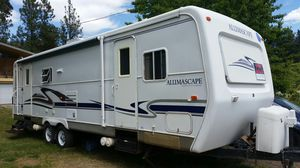 2002 Holiday Rambler, Alumascape 31' Bumpout for Sale in Leavenworth, WA