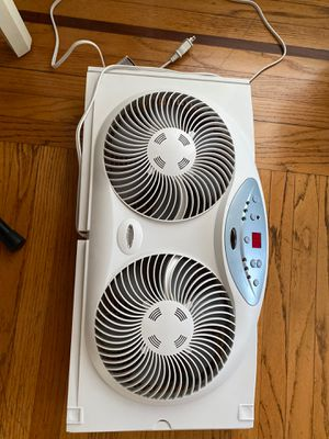 Bionaire window fan-excellent condition for Sale in Los Angeles, CA