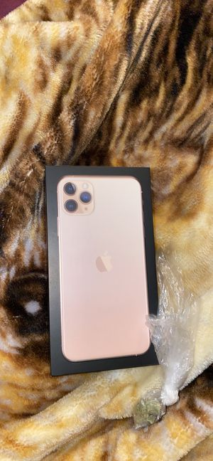 iPhone 11 PRO MAX 256gb for Sale in Holyoke, MA
