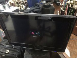 "Watch NBA games on this 32"" LG Flat Screen TV for Sale in Washington, DC"