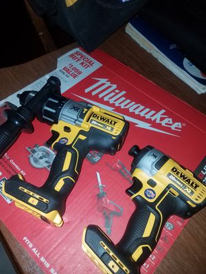 20v max XR impact drive and drill hamm 3 speed tool only firm price/favor de leer la descripsion for Sale in Escondido, CA