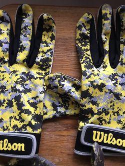 WILSON STICKY ATHLETIC GLOVES $20 Ea Pair for Sale in Lake Geneva,  WI