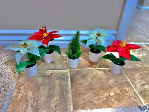 Brand New Very Beautiful Small Artificial Plant Set of 5 for Sale in Covina, CA