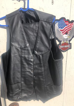 Motorcycle Leather vest and Chaps set for Sale in Miami, FL