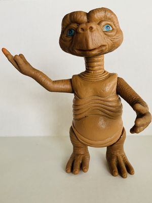 """E.T. 1982 KO Figure Taiwan 8"""" In. Vintage Action Figure Rare Space Friend for Sale in Robinson, TX"""