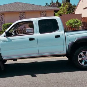 🚗⭐️!Urgent Sale 800$ 2003 Toyota Tacoma⭐️🍁 for Sale in Gilbert, AZ