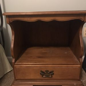 Nightstand for Sale in Middletown, CT