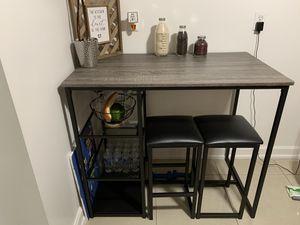 Small kitchen table for Sale in Miami, FL