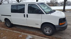 2003 Chevy Express 3500 for Sale in Chicago, IL