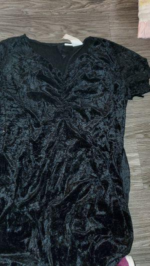 Black velvet dress costume for Sale in Tustin, CA