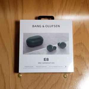 Brand new Bang & Olufsen E8 3rd Generation Bluetooth Earbud Green color B&O 3 for Sale in Los Angeles, CA