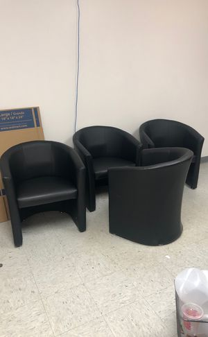 4 leather office chairs. for Sale in Tampa, FL
