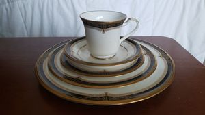 Noratake - 5 Piece Place Setting - Gold and Sable Pattern for Sale in Buford, GA