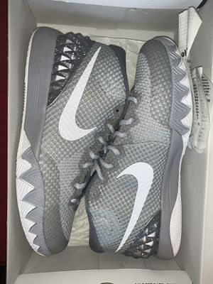 Nike Kylie Irving 1 Shoe Never Worn for Sale in Jamison, PA