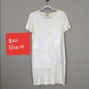 Small Whitd Dress Micharl Kors for Sale in Denver, CO