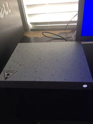 Xbox One X Combo for Sale in Dallas, GA