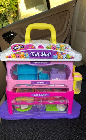 Littlest pet shop hotel. Shop kins mall tower-Used for Sale in Pittsburg, CA