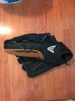 """Easton pro series mitt 14"""" lefty for Sale in Norfolk, VA"""