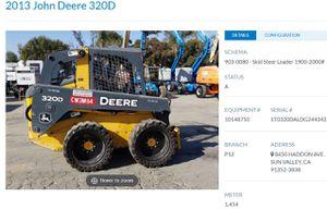 2013 John Deere skid steer 320D for Sale in Los Angeles, CA