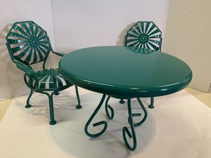 """American Girl 18"""" Doll Green Patio Metal Table & 2 Chairs 2012 D7297 Pre-owned for Sale in Mill Valley, CA"""