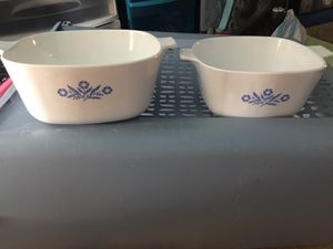 Lots of glassbake pyrex Tupperware odds and ends for Sale in Gary, IN