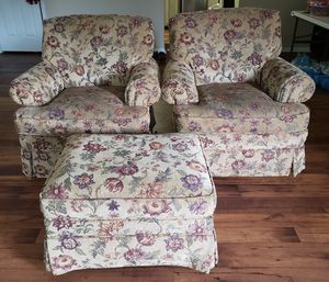 Two sofa chairs with ottoman for Sale in Franklin, TN