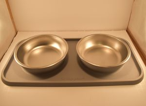 Top Paw Dog Bowl Set w/ Mat for Sale in Prattville, AL