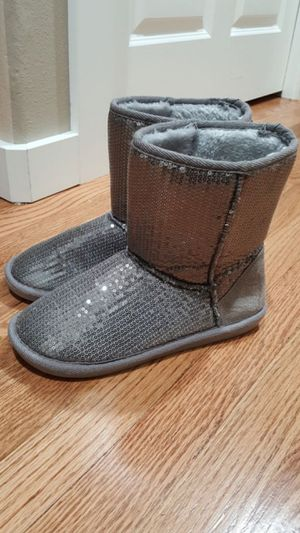 Warm Boots Size 8 M for Sale in Everett, WA